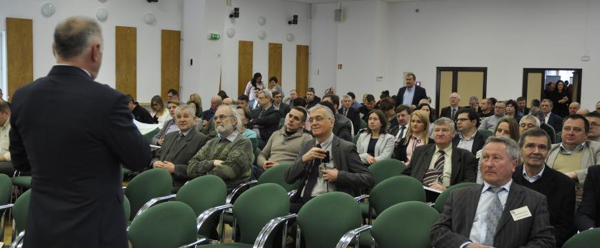Dbamy o czyste powietrze - konferencja nt. wykorzystania energii ze źródeł odnawialnych (OZE) w Karniowicach